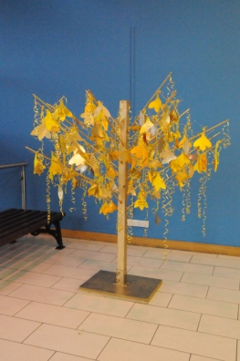 Worry_Tree_installation_deirdre_robb